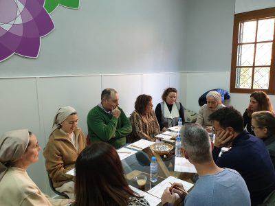 personas reunión mesa